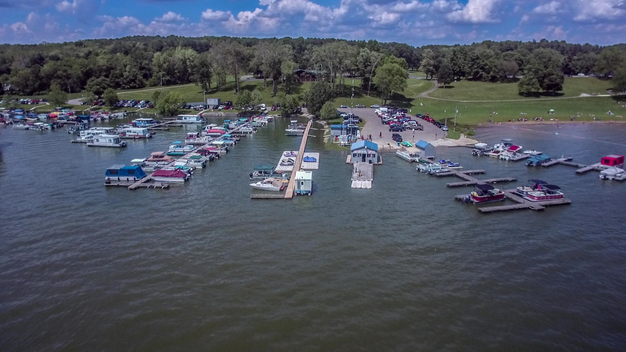 Pleasant Hill Lake Park Marina