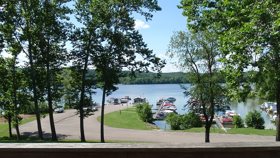 Welcome to pleasant hill lake park ohio for Seneca lake ohio cabins